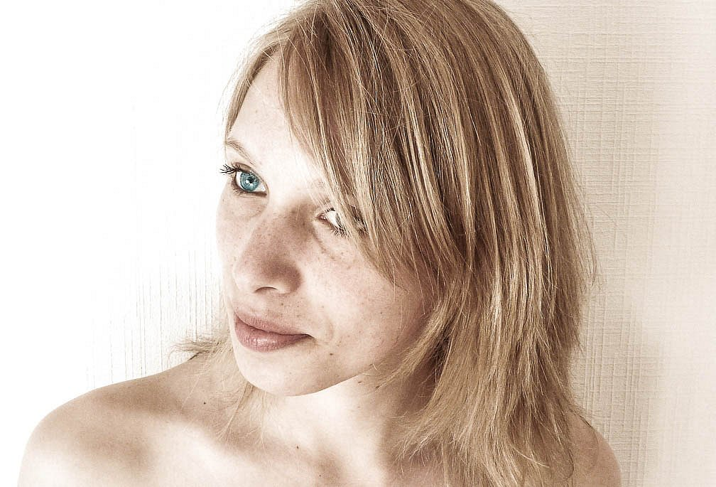 15042010-15042010-portrait1.jpg